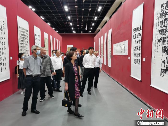 全国书法篆刻展在杭州开展 290件作品书写乡愁